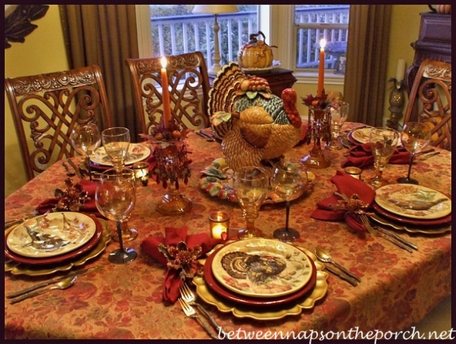 Thanksgiving-Tablescape-with-Turkey-Centerpiece-and-Pottery-Barn-Turkey-Salad-Plates-10_wm