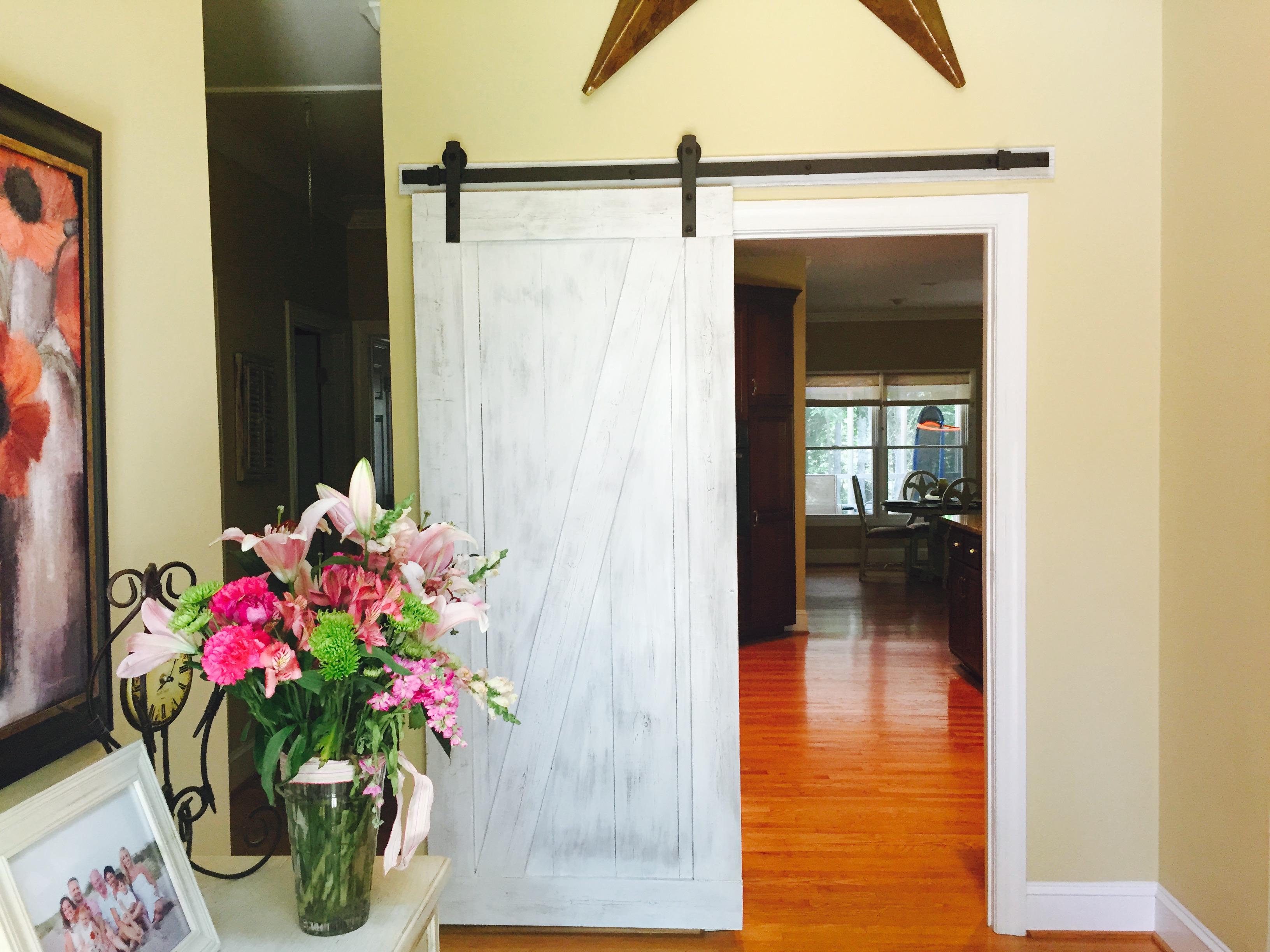 Interior door style centerpiece home staging