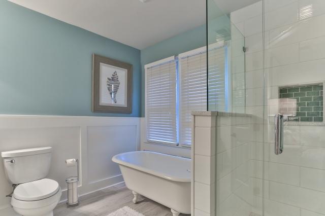 centerpiece home staging lake norman home staging tips. Black Bedroom Furniture Sets. Home Design Ideas